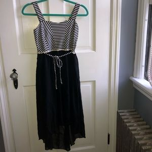 Black and white speechless dress w/ daisy accents